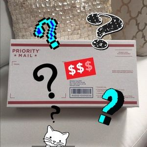 RESELLER OR KEEPER MYSTERY BOX 10 items for $20